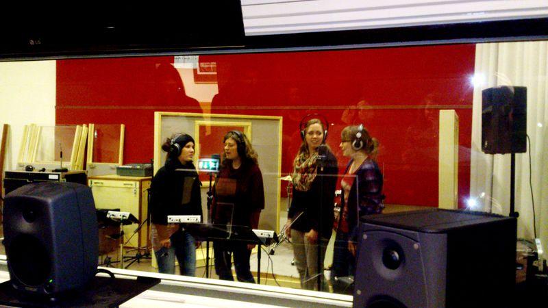 Studenten Muziektherapie volgen lessen MediaMusic